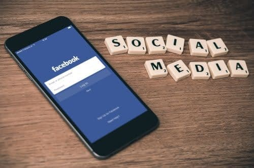 4 Facebook Marketing Tips For Small Business